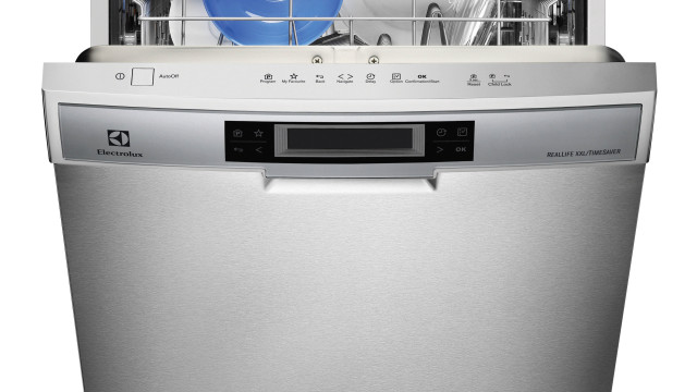 How to Deal With a Clogged Dishwasher