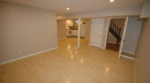 Very well located Reno'd 2-Bedroom Basement Suite just 10 min walk from LRT4140 136 Ave (Clareview) Edmonton
