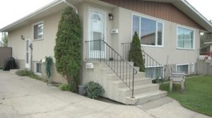 Very Bright Main Floor Suite in Northeast Edmonton3003 131 Ave NW (Belmont)