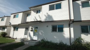 Renovated 3-Bed Northeast Townhome 2651 135 Avenue NW (Kernohan) Edmonton