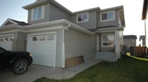 Gorgeous Home few minutes away to Military Base18008 85 Street NW (Klarvatten), Edmonton