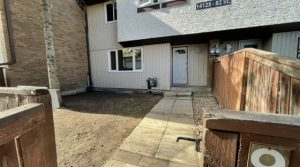 Just Renovated 3-Bed Townhouse #9-14125 82 St NW (Kildare) Edmonton