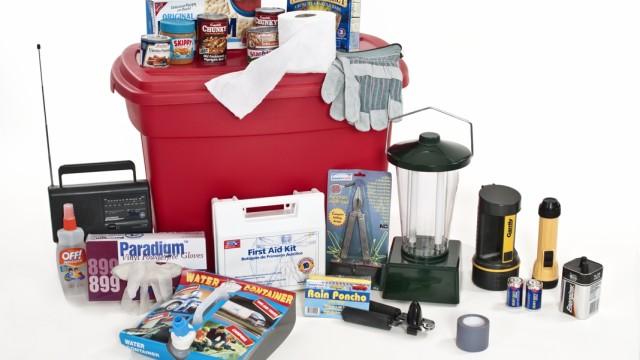Preparing a Basic Home Emergency Kit